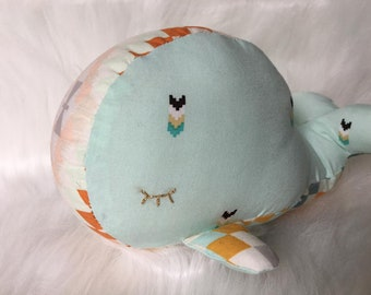Plush whale blanket, baby gifts, kids gift, cuddly baby, 100% cotton