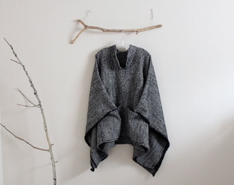 made to order wool linen blend swallow asian poncho / warm winter poncho / plus size fit / linen wool poncho / pockets