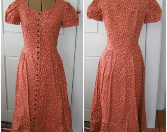 SALE - 1970s Cute Cotton Print Dress with Buttons