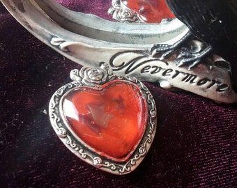 Gothic necklace/ alternative jewelry 'vampire valentine'