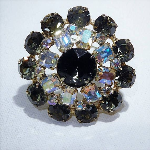 Rhinestone Brooch / Mid Century Jewelry