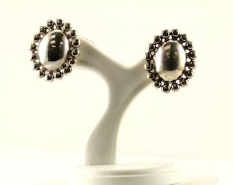 Vintage Oval Flower Design Stud Earrings 925 Sterling Silver ER 963