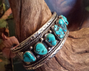 Sterling silver vintage native American turquoise cuff