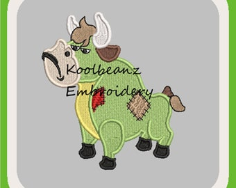 Patch bull digital embroidery file. In 4x4 fill and 5x7 6x10 applique design. Will fit MB4 hoop