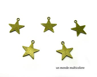 Star 5 charms in antique bronze size 23 x 21 mm