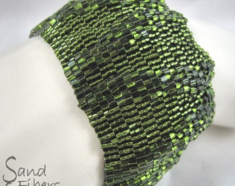 WIDE Large Olivine Ripples Peyote Cuff / Peyote Bracelet (2622) - A Sand Fibers Made-to-Order Creation