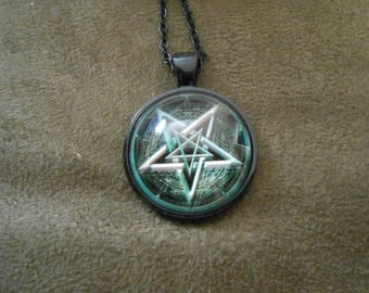 Inverted pentagram black necklace