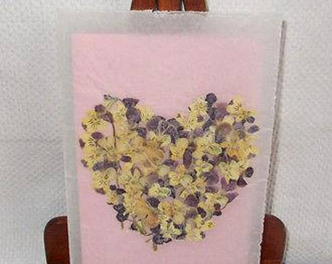 Vintage 90s Handmade Valentines Day Pressed Dried Flower Art Purple Pansies Heart Vellum Greeting Card