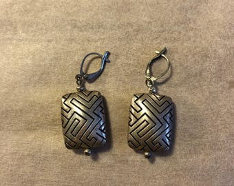 Vintage silver pierced tribal geometric labyrinth etched earrings 1970s