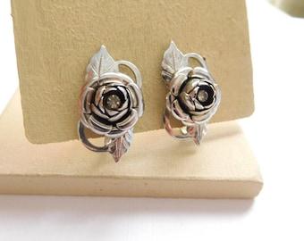 Vintage Silver Tone Dimensional Rhinestone Rose Flower Screw Back Earrings K47