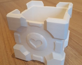 3D Printed Companion Cube Planter. Portal Video Game inspired cute plant pot gift.