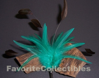 Instant Diva Body Plumes Pin Shoulder Feathers Teal 80s Brooch from FavoriteCollectibles