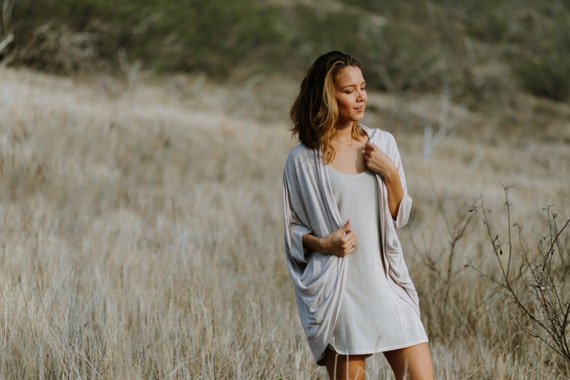 Mia Heather Oatmeal Jersey 3/4 Sleeve High-Low Cardigan w/ Pockets