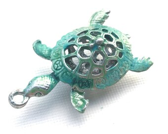 Patina Green Sea Turtle Pendant, Verdigris Sea Turtle Pendant, Vintage Green Filigree Turtle, Ancient Alchemy, 1 Pc, Dry Gulch, Michelangelo