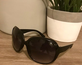Womens Photo Black Sunglasses