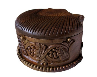 Hand-carved jewelry box, Wood carving, to be ordered, housewares, wheat and vine motifs, treasury box