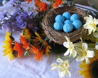 Mother's day- Bird's Nest filled with seed bomb 'eggs'