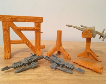 He-Man / Masters of the Universe Castle Grayskull Weapon Accessories
