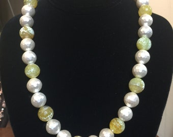 Yellow & White Faux Pearl Necklace