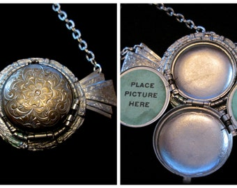 Neck Candy - Vintage 4 Picture Locket Necklace