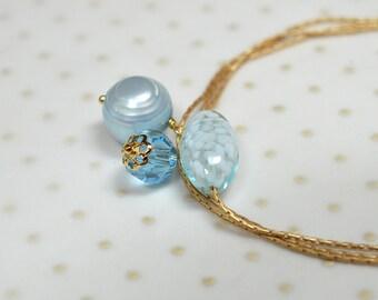 Venetian Murano glass bracelet Dainty blue pearl dangle bracelet Thin gold bracelet Delicate chain bracelet Everyday simple jewelry