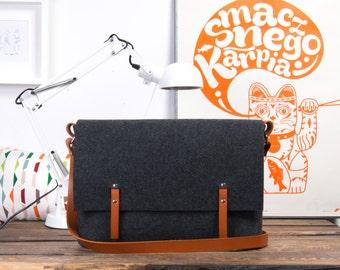 Macbook Pro case, Laptop bag with leather crossbody strap, 15 inch computer bag, cross body bag, felt bag, 17 inch laptop bag, messenger bag