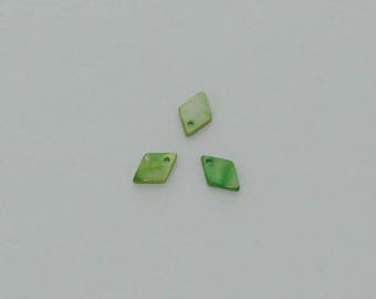 5 pendants 13x9mm green diamond-shaped shell