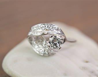 Transitional diamond ring