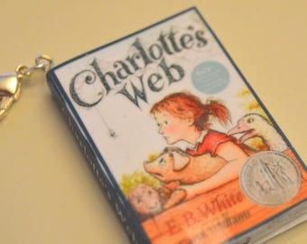 Charlotte's Web - Zipper Charm - Purse Charm - Keychain - Free Shipping