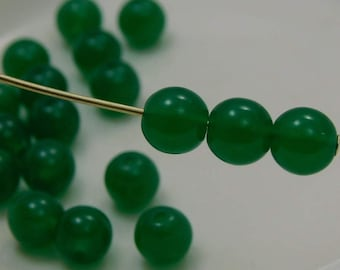 6mm Czech Druk Beads Round Opal Green (20pk) si-6DK-OpGreen