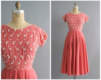 50s Gwen Lee dress | vintage 1950s fuchsia embroidered bodice cotton dress | vtg day dress | small