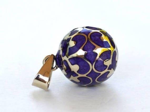 collier de grossesse olf e mauve violet motif dentelle. Black Bedroom Furniture Sets. Home Design Ideas