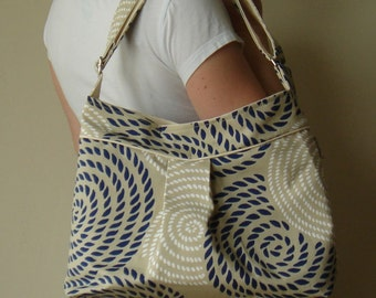 Pleated Shoulder Bag with Adjustable Strap - Nautical Rope Print