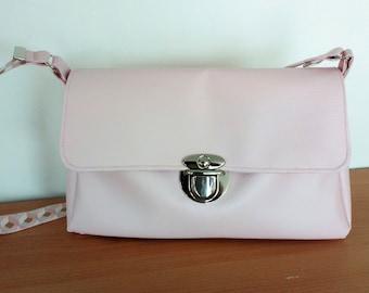 Shoulder bag worn faux pink