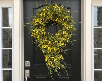 NEW Yellow Daisy Wreath, Summer Front Door Wreaths, Yellow Daisies, Modern Wreaths, Etsy Wreath, Decorative Wreath, Trending Wreaths of 2018