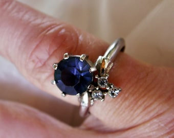 Blue Faceted Stone Ring with Rhinestones Size 7 Adjustable Band