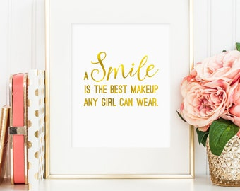 A smile is the best makeup any girl can wear, Marilyn Monroe quote, printable wall art decor, faux gold foil, bedroom decor, digital JPG