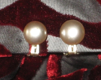 Vintage Faux Pearl Button Earrings