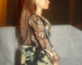 Green and tan Camoflage print tote bag for Fashion Dolls - bap18