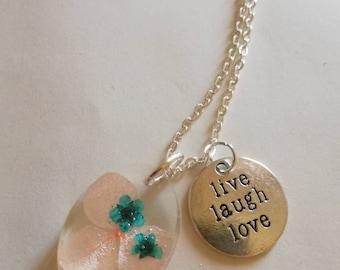 """Live Laugh Love"" Oval"