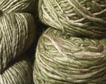 Manos Del Uruguay, Wool Clasica, 100% Pure Wool in Shades of Olive Green, Lot of 6