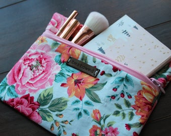 Maggie Collection - Cosmetic & Toiletry Bag (Medium)