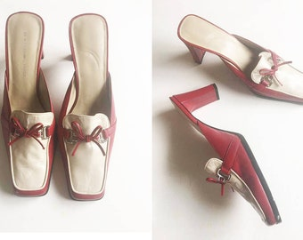 Bandolino | Red & Cream Mules / Vintage 1990's Shoes / Vintage Heels / 90's High Heels / Leather Mule Heels