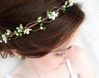 bridesmaid flower crown, green floral headband, rustic wedding headpiece, simple flower crown, flower girl headband, crown headband pearls