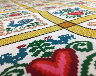 Vintage Country House Fabric 50 cm x 120 cm: Cross stitch pixel pattern