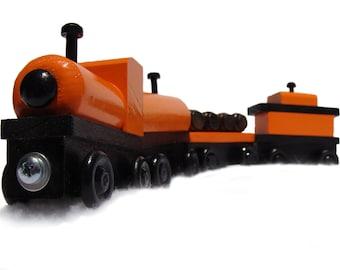4-PIECE WOODEN TRAIN