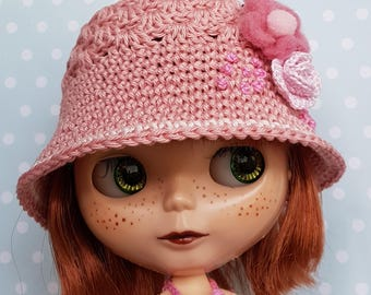 Blythe Hat Gentle Rose and Heart