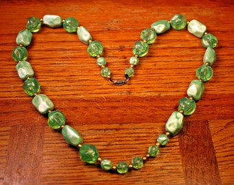 "Retro Green Necklace, Beads, Mid Century, Acrylic, Green, Pale Green, Celery, Chunky, Matinee Length, 23"", FREE US Shipping"