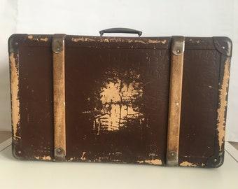 Antique suitcase - Vintage suitcase - Vintage Luggage - Vintage travel suitcase - Old suitcase - retro suitcase - Distressed suitcase