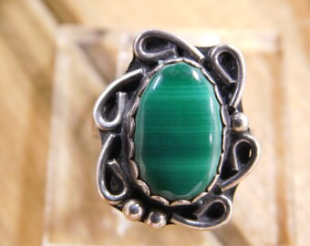 Vintage Malachite Sterling Silver Ring Size 6.5
